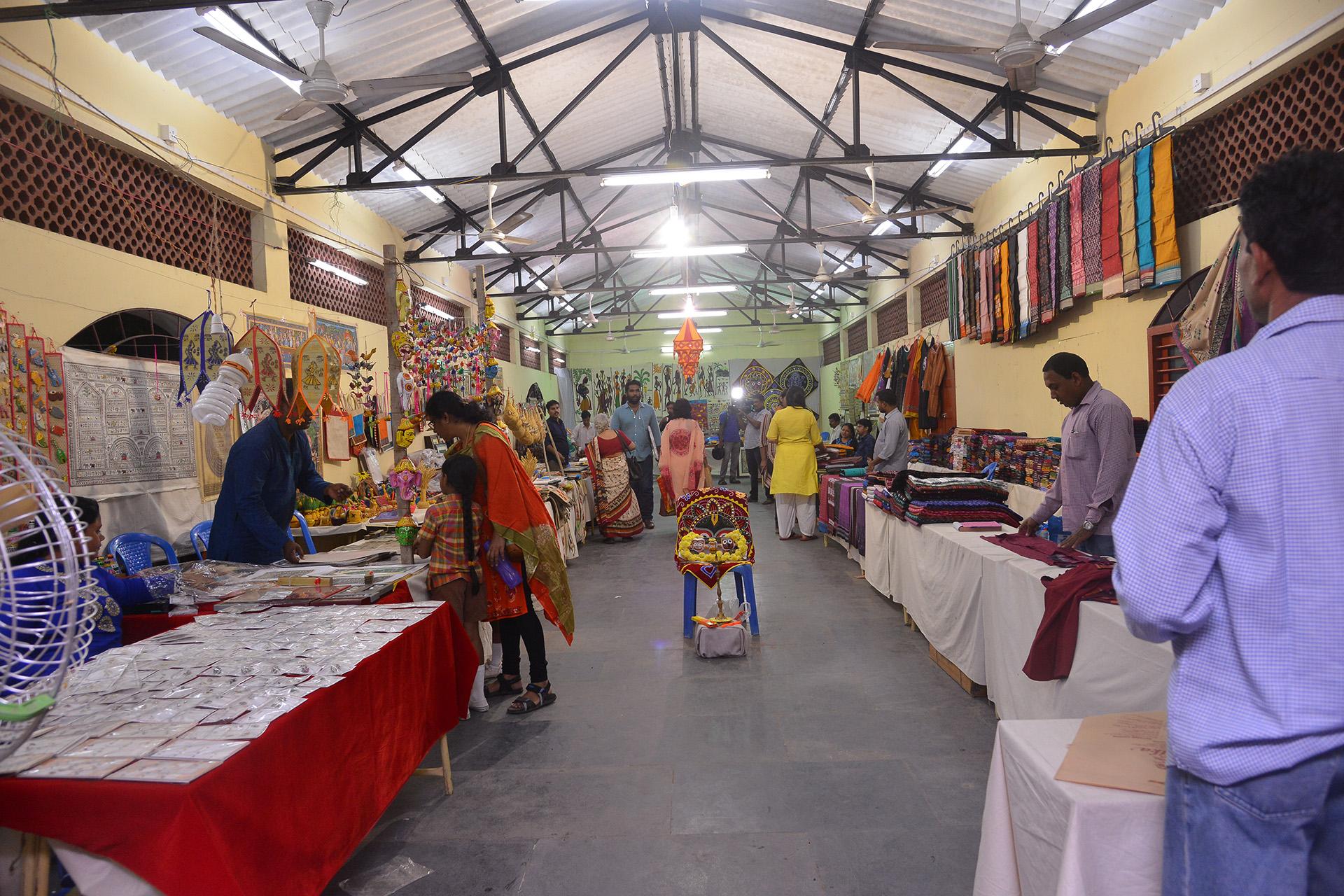 Utkalika Organizes A Unique Handloom And Handicrafts Exhibition At