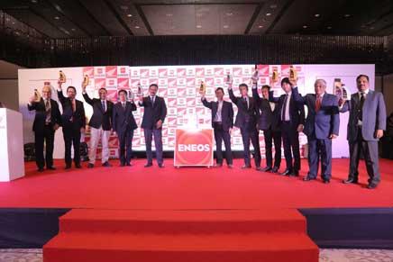 Honda s'associe à JX Nippon TWO Lubricants India Pvt. pour lancer l'huile de moteur Honda ENEOS. dans - - - Actualité lubrifiants automobiles Honda-2Wheelers-India-launc