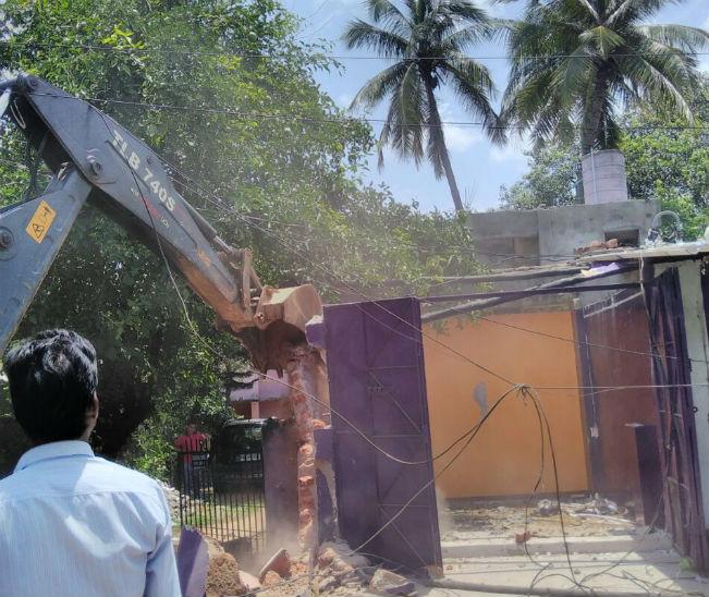 Puri Canal Road Bhubaneswar: Eviction Continues To Clean Odisha Capital City