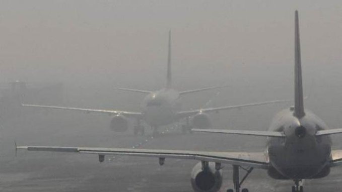Dense fog engulfs Delhi, flight, train services hit